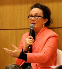 Emmanuelle FENARD